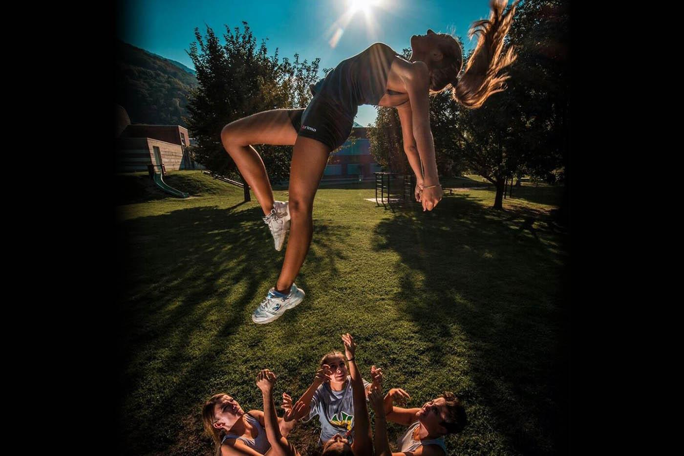 Jaguars Cheerleader Ticino - Basket Toss